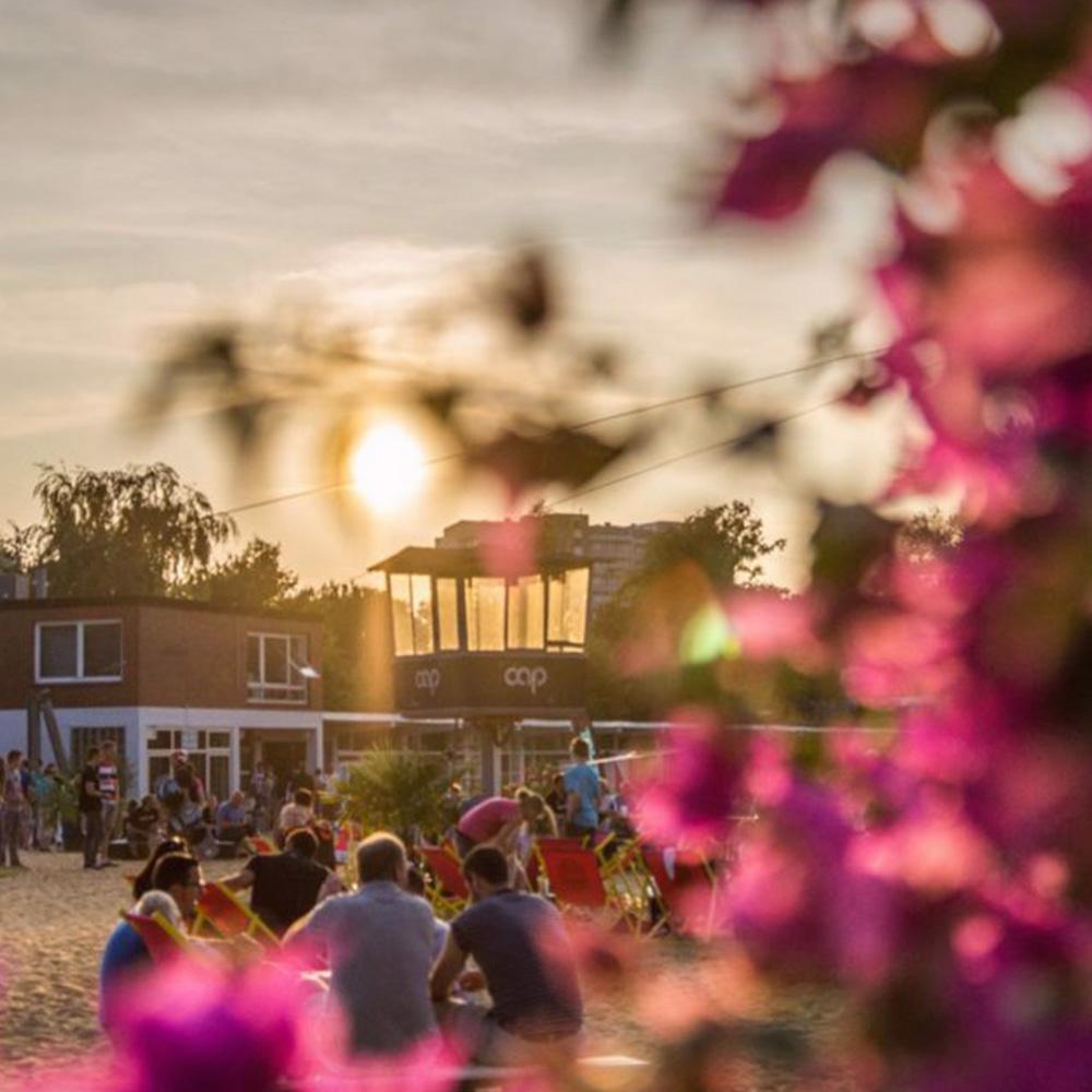 Abendsonne im Strandklub